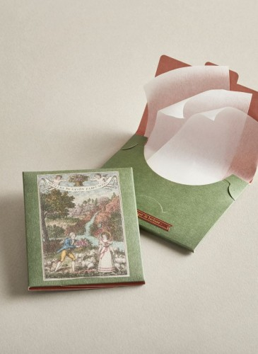Buly 1803紙肥皂,NT$400。
