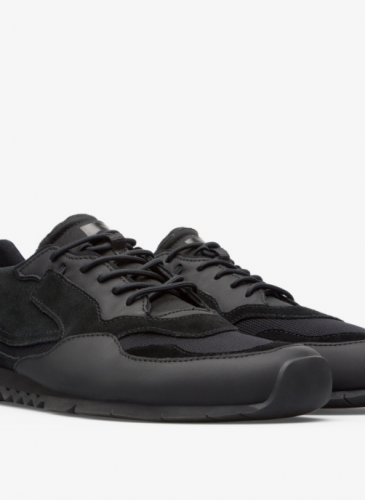 CAMPER Nothing黑色異材質拼接休閒鞋,NT$6,980。(男女鞋)-1