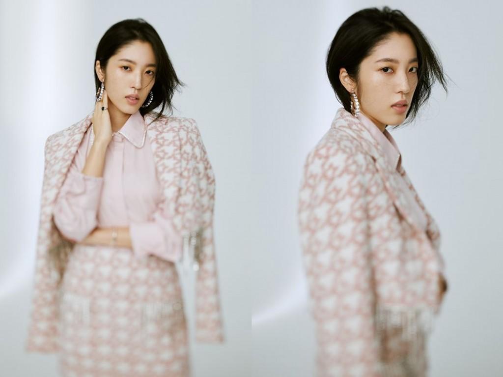 ▲水晶流蘇短版毛呢西裝外套。售價NTD 59,500。 ▲水晶流蘇毛呢短裙,售價NTD 29,500。